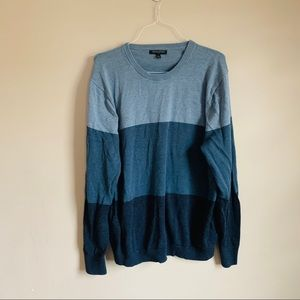 Banana Republic size XL Blue striped Sweater